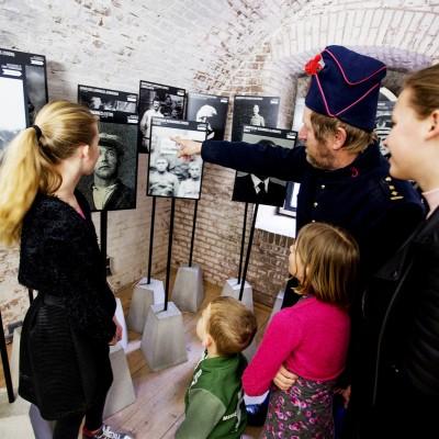 Fort Pannerden-Activiteiten-soldatenmuseum uitleg gids