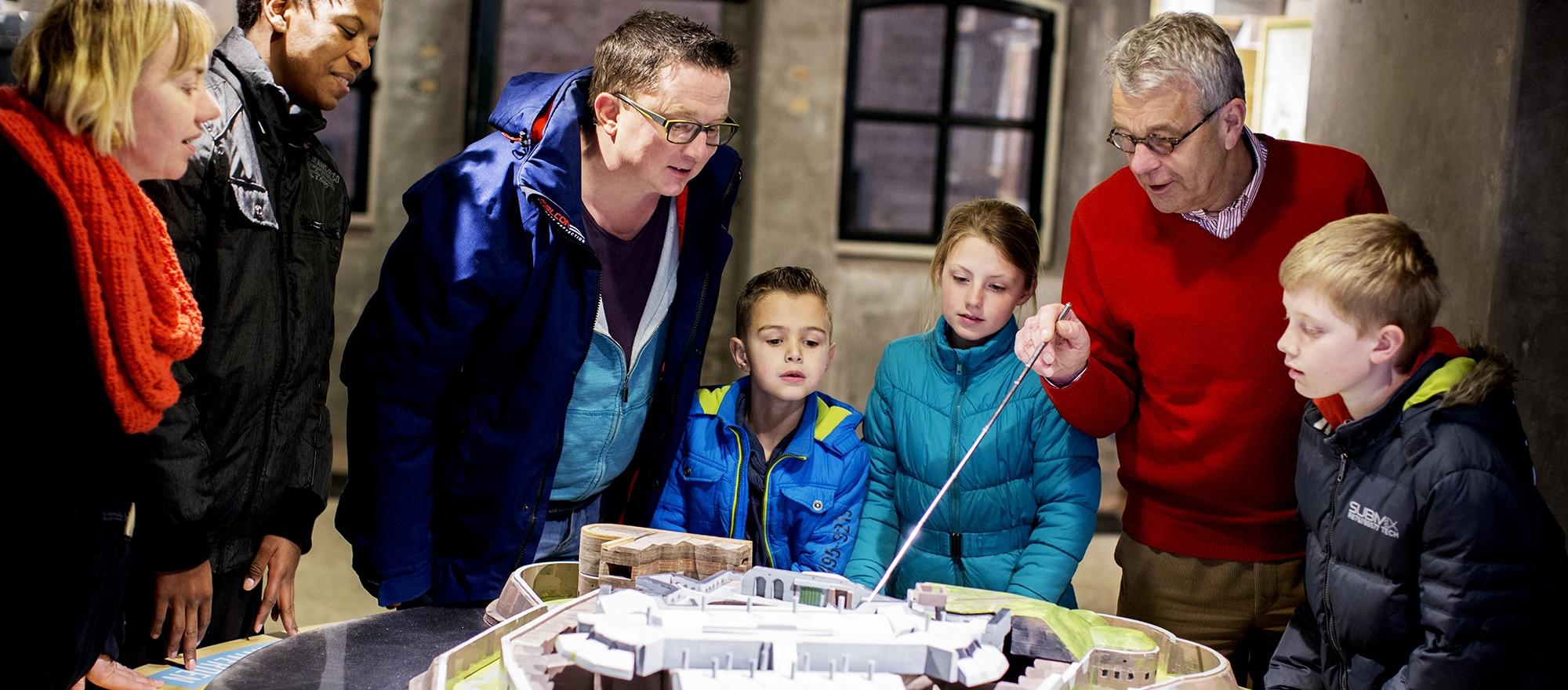 Maquette Fort Pannerden-Bezoek rondleiding
